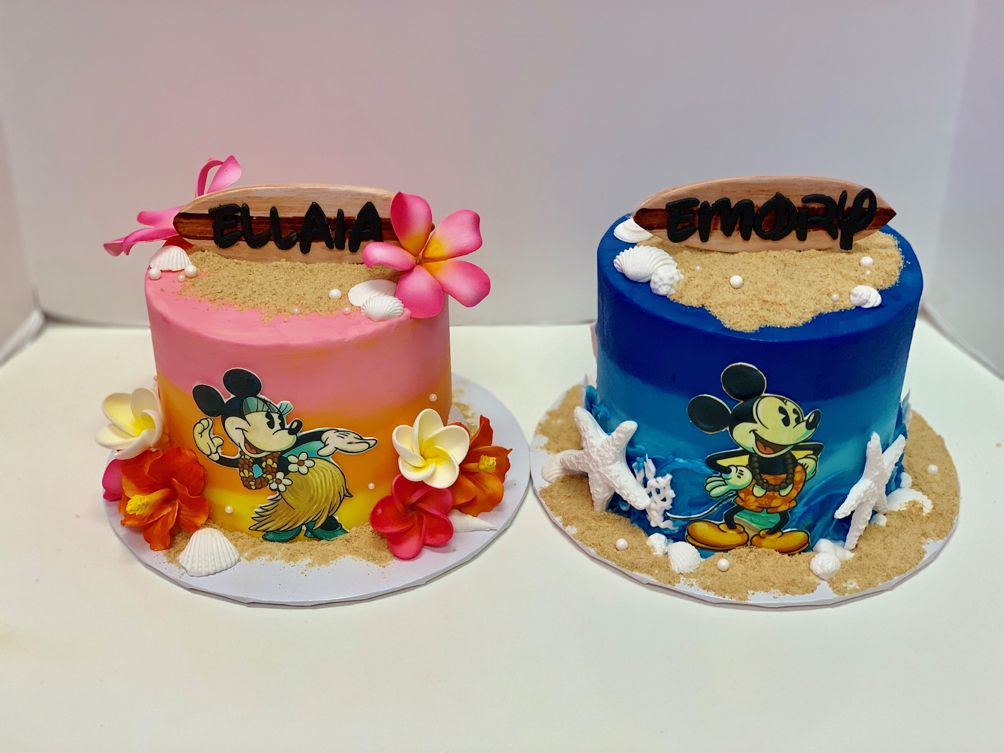 Vintage Mickey And Minnie Cakes