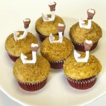 Maui Hook Cupcakes