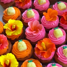 Pineapples and Flower Cupcakes