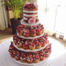 Semi-Naked Cake and Cupcakes with Fresh Fruits