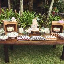 Amuse Bar Dessert Table