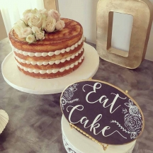 Naked Cake with Piping